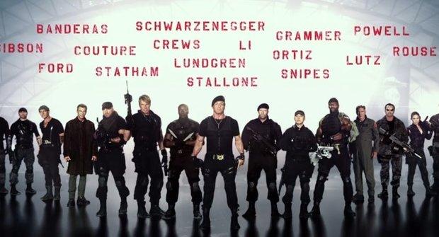 Upoutávka na Postradatelní 3: Jsme na odstřel!
