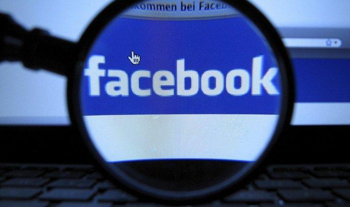 Facebook (ilustrační foto)