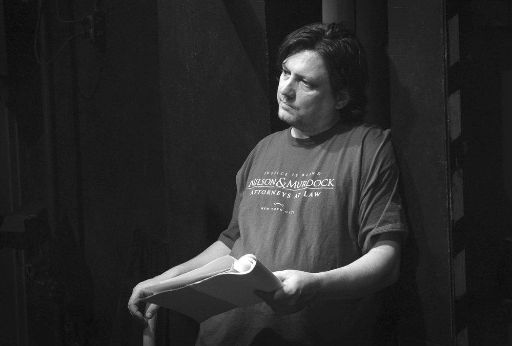 Od roku 1999 je Homola členem uměleckého souboru Naivního divadla Liberec