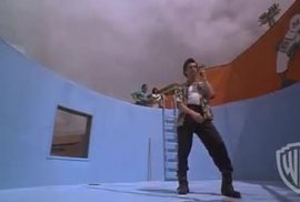 Ace Ventura: Zvířecí detektiv je mnohem chytřejší, než si pamatujete