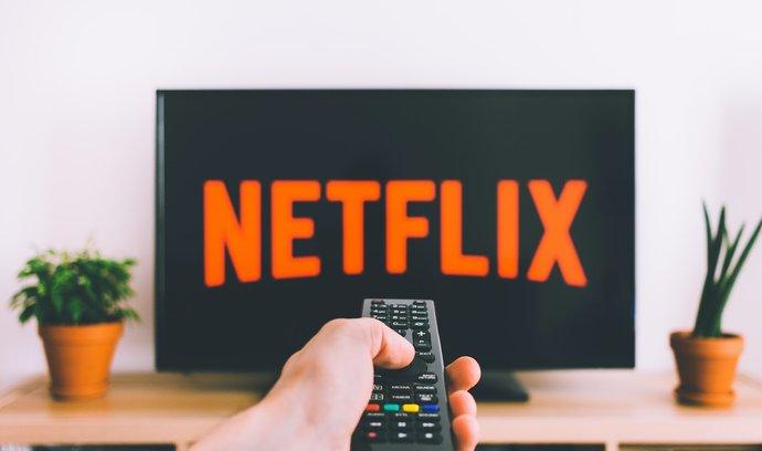 Ve studiích mediální firmy obchodované na londýnské burze vzniká například seriál Snowpiercer (Ledová archa), který je dostupný na Netflixu.