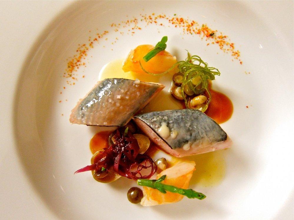 22. Mořské plody – havajské krevety a mořská tráva, připraveno ve stylu kuřete.