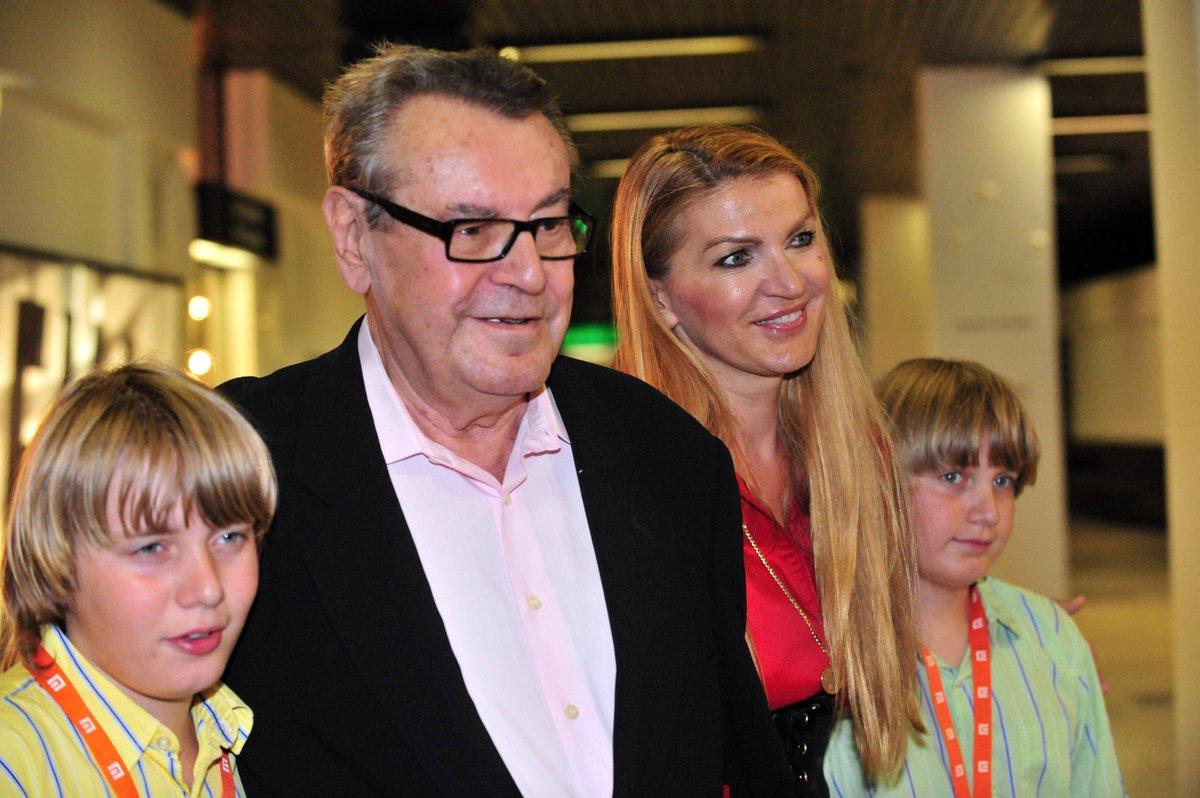 V létě v roce 2009 zavítali do České republiky Formanovi i se svými syny – dvojčaty Andym a Jimmym