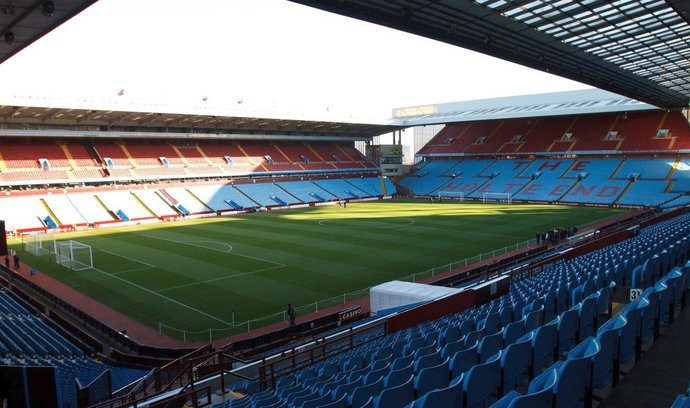 Stadion Aston Villa (Villa Park)
