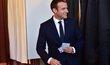 Svůj hlas už ráno odevzdal i nový francouzský prezident Macron