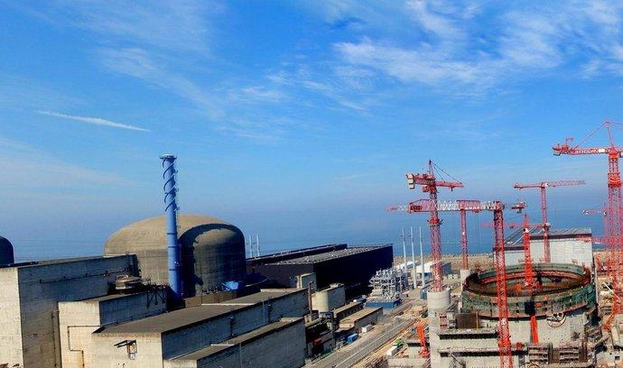 Francouzská jaderná elektrárna Flamanville. Bloky 3 a 4 mají být dokončeny v roce 2016