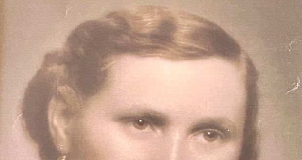 Maminka Františka Janečeka Emílie