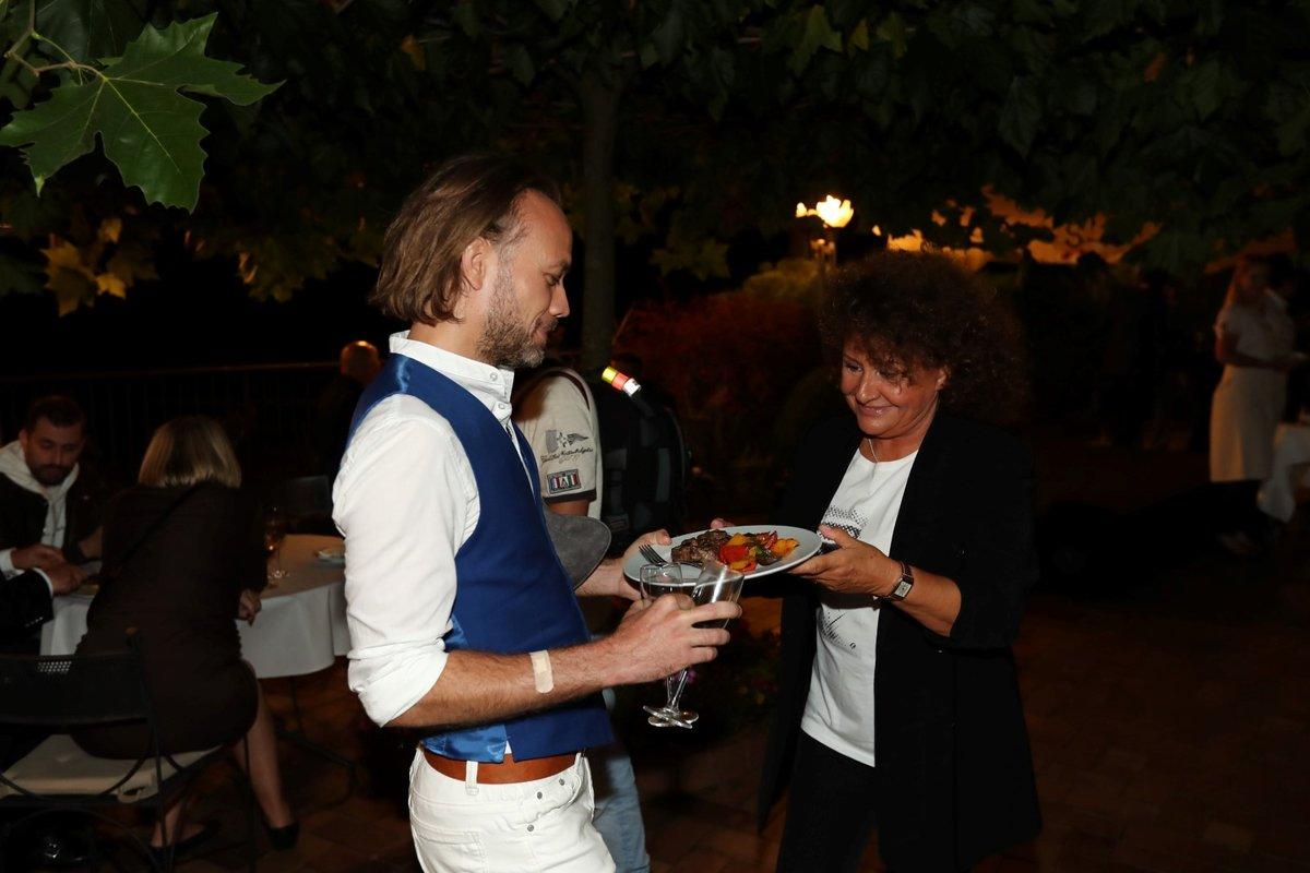 Hosté Františka Janečka se skvěle bavili.