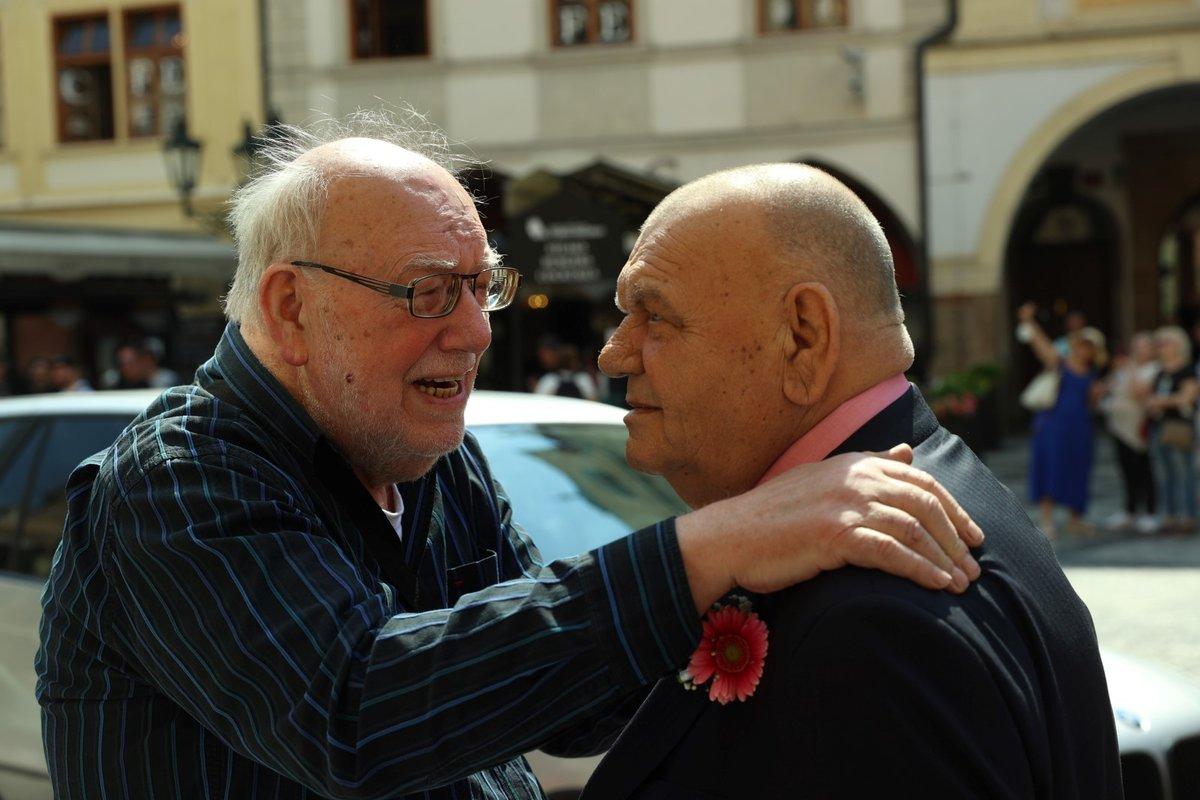 Zlatá svatba Františka Nedvěda: Usmíření bratrů