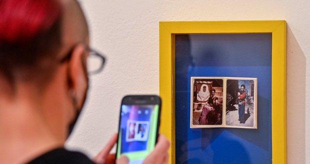 Galerie hlavního města Prahy otevřela 14. října 2021 v Domě U Kamenného zvonu výstavu Frida Kahlo - Fotografie.