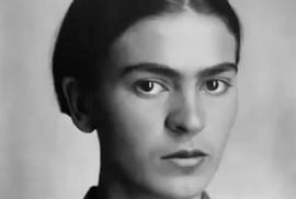 Frida Kahlo přežila vlastní smrt: Při nehodě autobusu ji propíchla železná tyč
