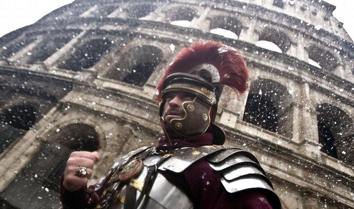 Římu hrozil krach