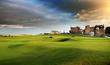 V roce 1764 v St Andrews vzniklo standardní 18jamkové hřiště. (Old Course v St Andrews Old).