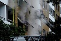 Mohutná exploze činžáku: Přes 15 zraněných ve Švédsku, policie nevylučuje bombu