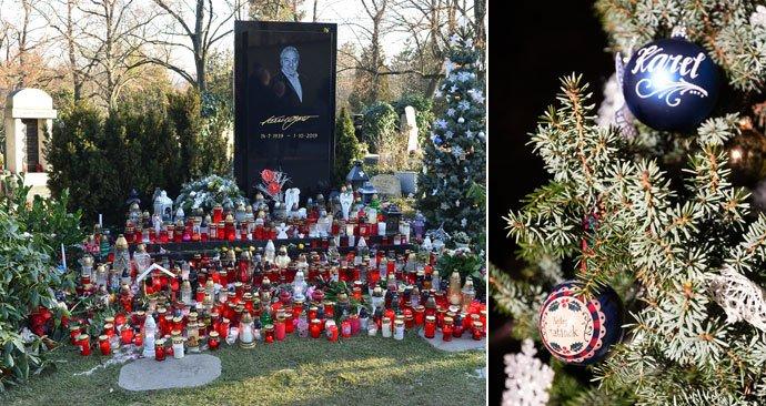 Skončily vánoce, zmizely ozdoby z hrobu Karla Gotta. I ty od jeho dcer.