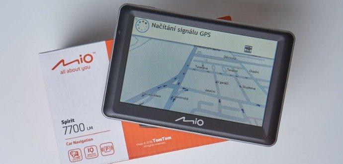 Recenze Mio Spirit 7700: navigace, která za vás najde i parkovací místo