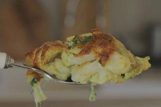 Křehký a voňavý květák s gratinovanou kůrkou podle Koko: Parádní oběd z jednoho pekáče