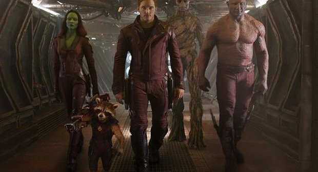 Nové a první parádní fotky vesmírných Avengers Strážců galaxie