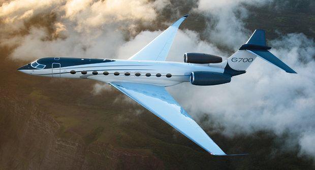 Moderní tryskáč Gulstream G700 nabízí let v jednom z pěti pokojů