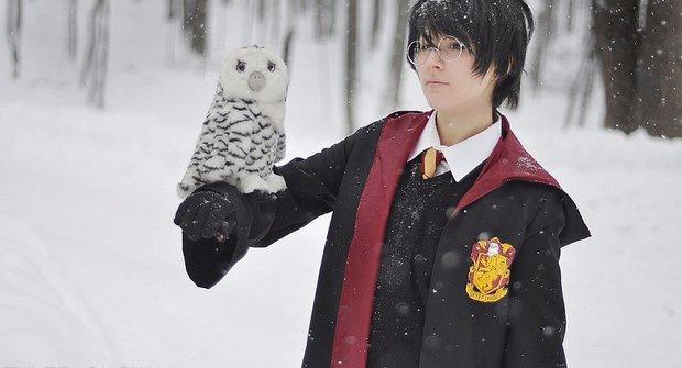 Šaty dělají nejen člověka, ale i Harryho Pottera