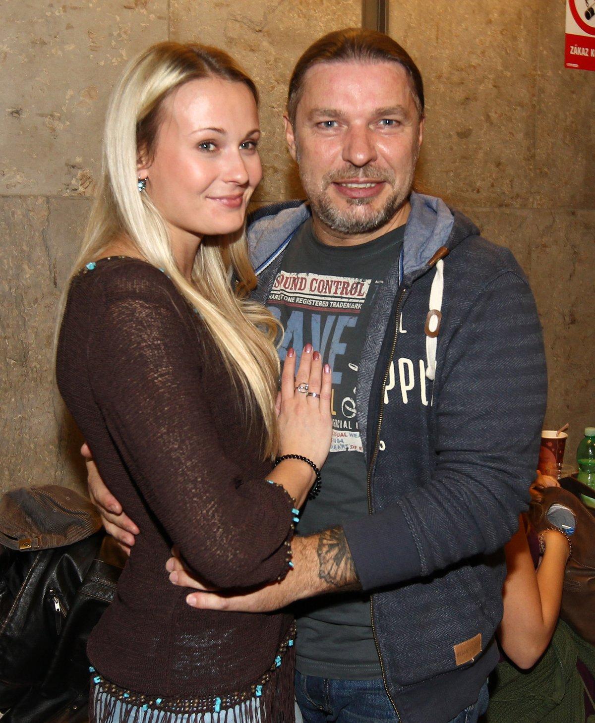 Petr Kolář s partnerkou Lenkou