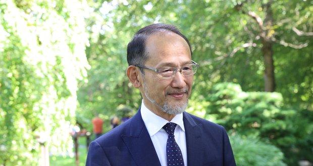 Japonský velvylanec, Jeho Excelence Hideo Suzuki