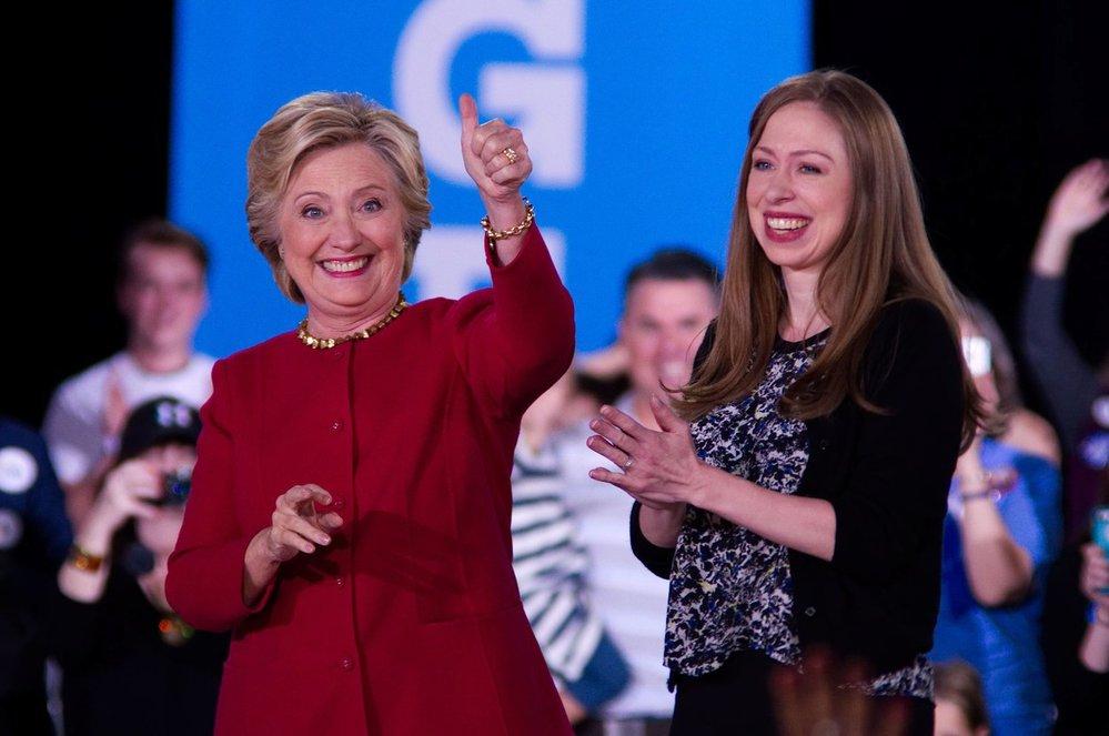 Hillary Clintonová s dcerou Chelsea