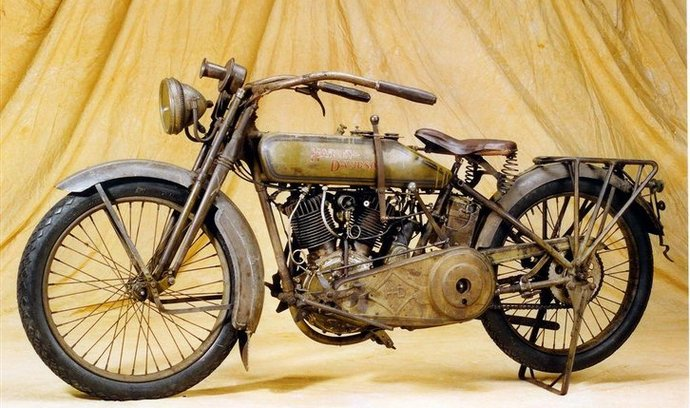 Historický Harley-Davidson