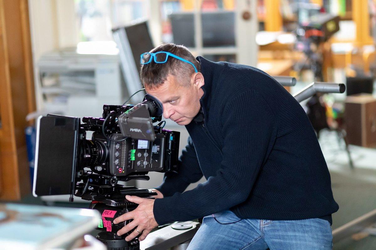 Filip Renč režíroval seriál Hlava medúzy.