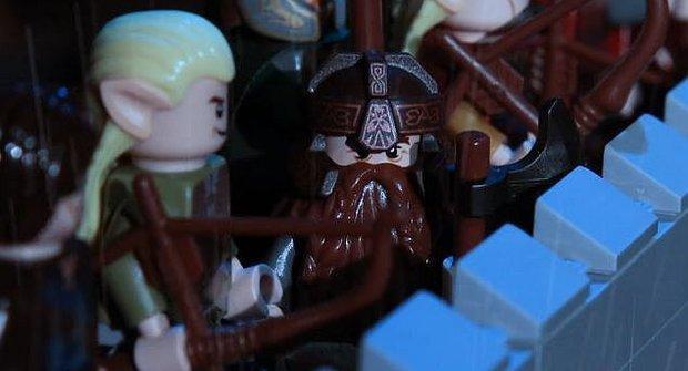 Bitva z Pána prstenů zuří v LEGO filmu
