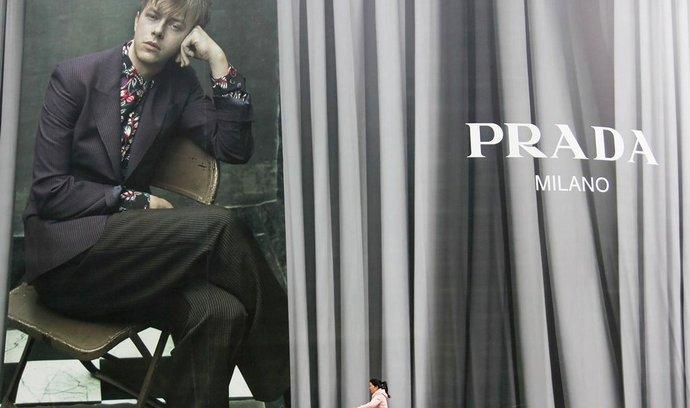 Hodnota módního domu Prada je nejnižší v historii.