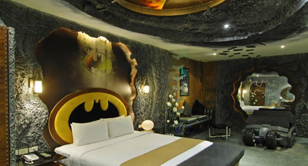 Galerie: Batman má hotel, ubytujete se?