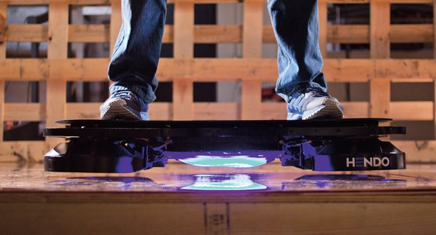 Hoverboard: Skateboard se loučí s kolečky