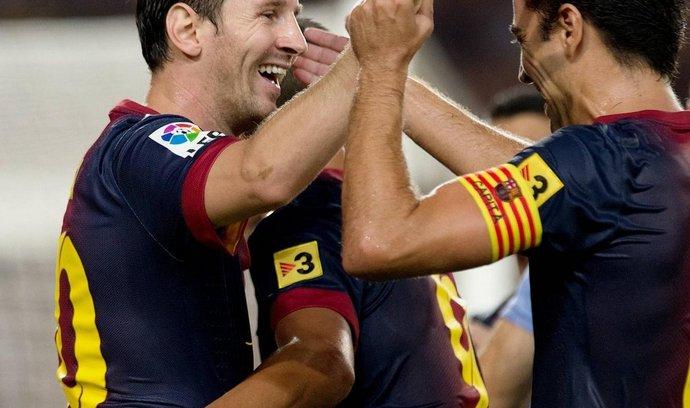 Hráči Barcelony mohou slavit. Jejich tým již nebudou rozrušovat stewardi na palubách letadel. (Foto: ČTK)