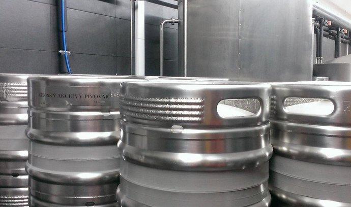 ilustrační foto, pivo, sudy, pivovar
