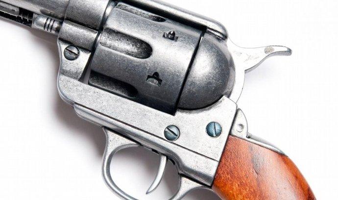 Ilustrační foto - revolver Colt ráže .45 (Foto: Profimedia)
