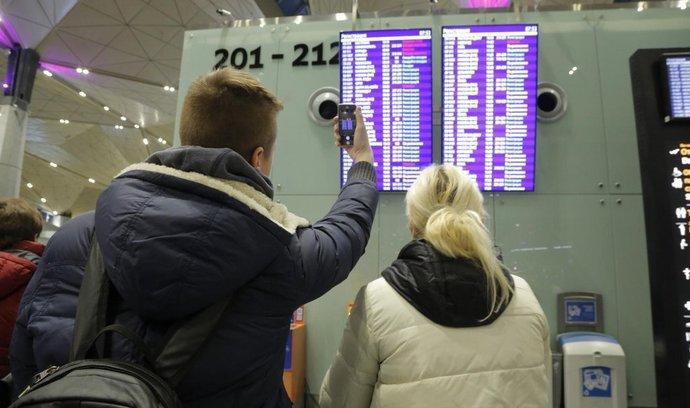 Ilustrační foto ruských turistů na letišti