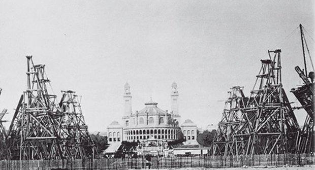 Eiffelovka - Stavby, které změnily svět