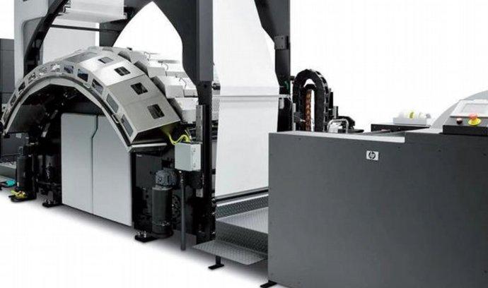 IntelliJet 30 společnosti Pitney Bowes využívá výkonný rotační inkjet HP Color Inkjet Web Press.