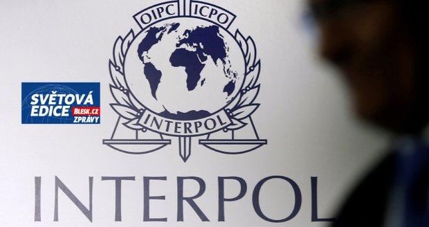 Interpol jako nástroj diktátorů? Čína či Rusko zneužívají zatykače na disidenty