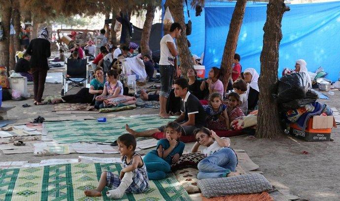 Iráčtí jezídové poblíž turecké hranice