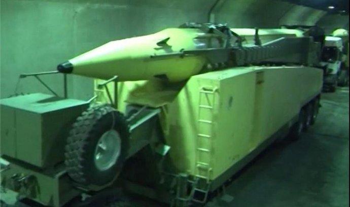 Íránské podzemní silo pro balistické rakety Emad