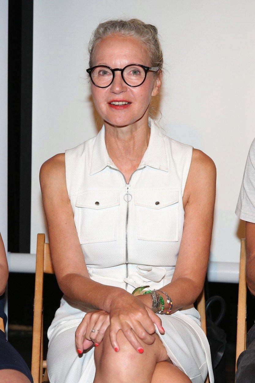 Irena Obermannová na projekci k seriálu Trapný padesátky