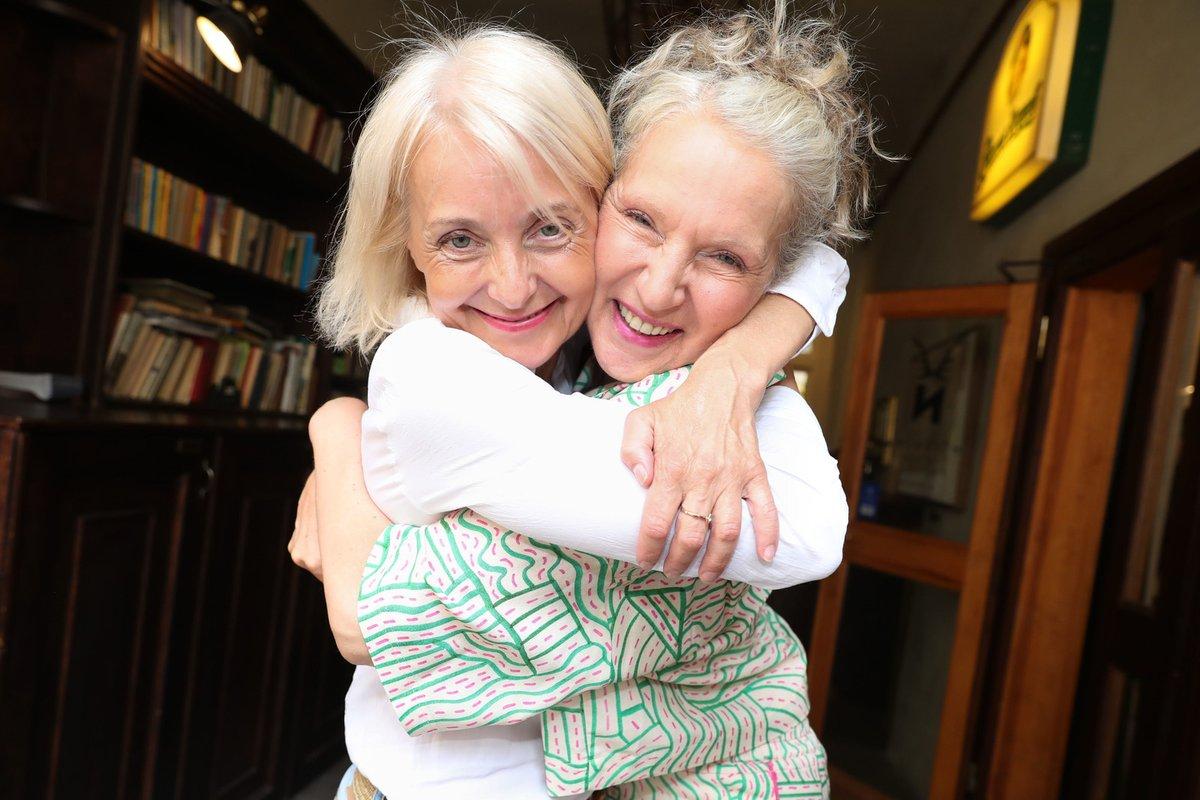 Křest nové knihy Ireny Obermannové: Autorka knihy s Veronikou Žilkovou