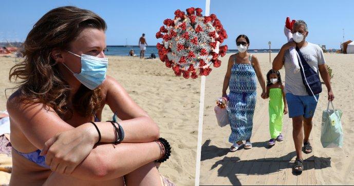 Na Sicílii se vrátily povinné roušky i na pláže (30. 8. 2021)