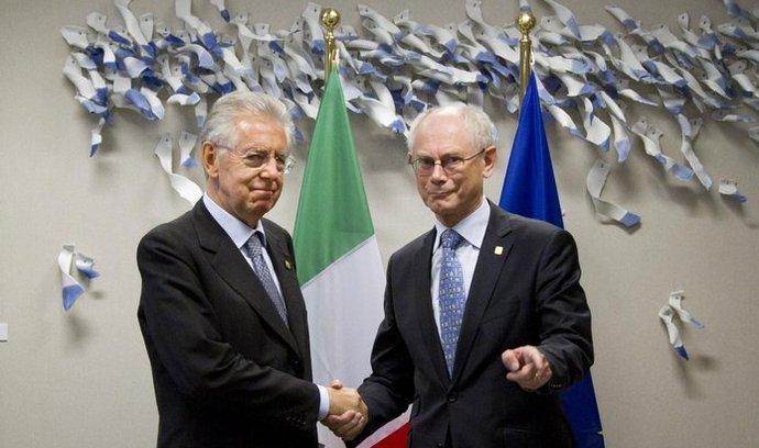 Italský premiér Mario Monti s unijním prezidentem Van Rompuyem