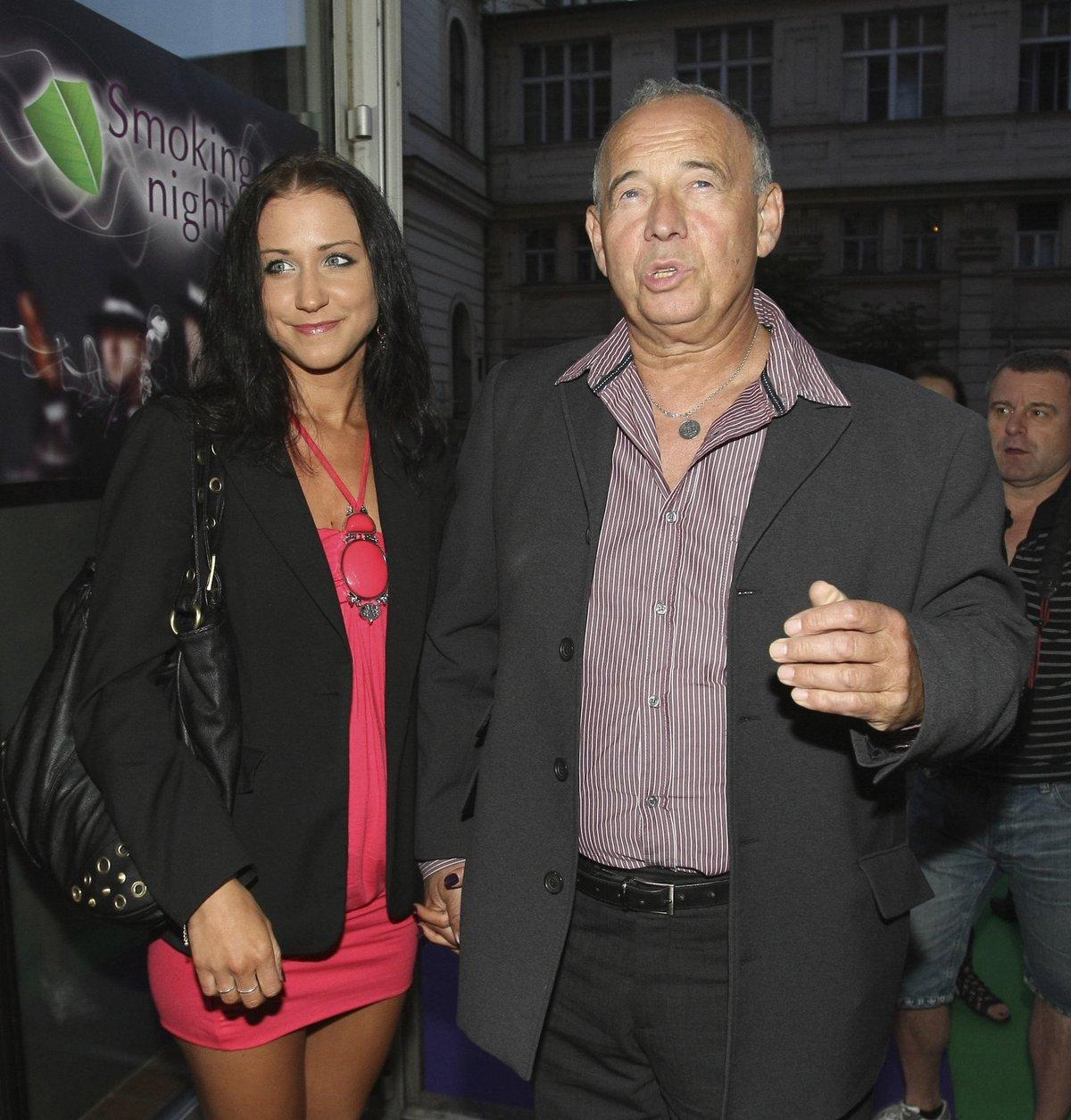 Ivan Vyskočil se svou přítelkyní Romanou.