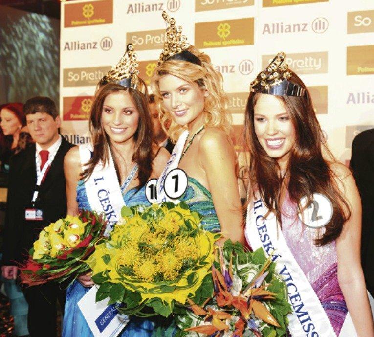 Píše se rok 2009 a Iveta Lutovská se stává vítězkou soutěže Česká Miss.