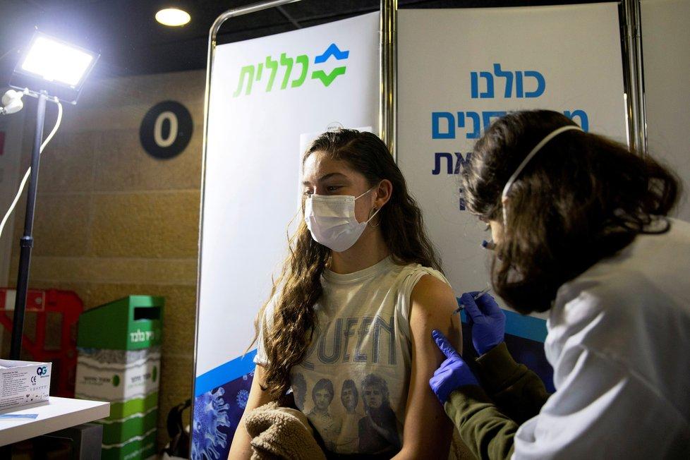 Očkování proti koronaviru v Izraeli