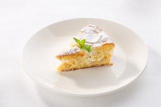 Jablečný koláč podle babičky Blaženky: 100 let starý recept je sázka na jistotu